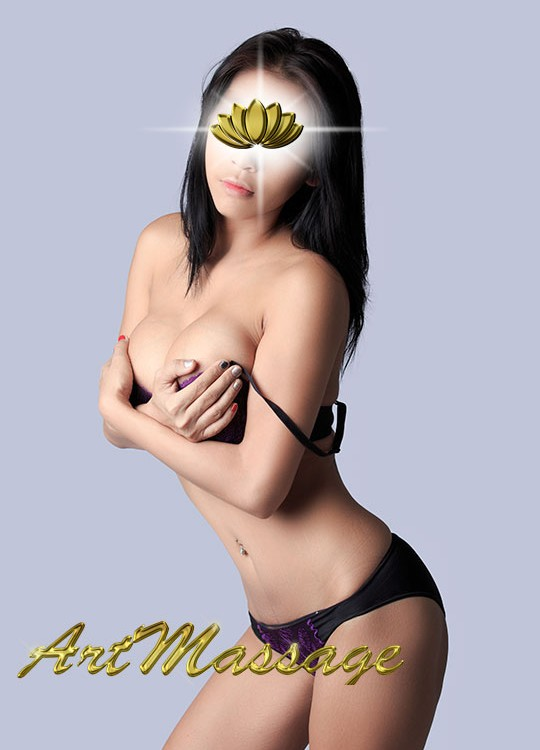 Masseuse Liang